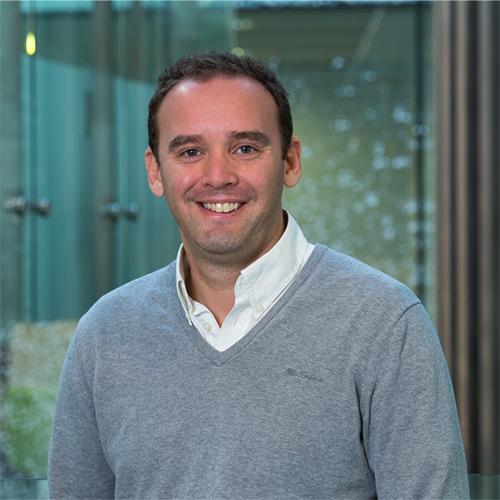 Dr Stuart Mills